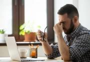 راهکار جلوگیری از خشکی و خستگی چشم